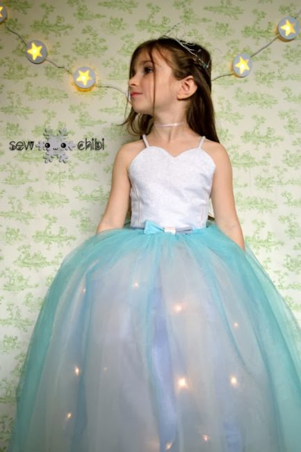 Light-up princess dress